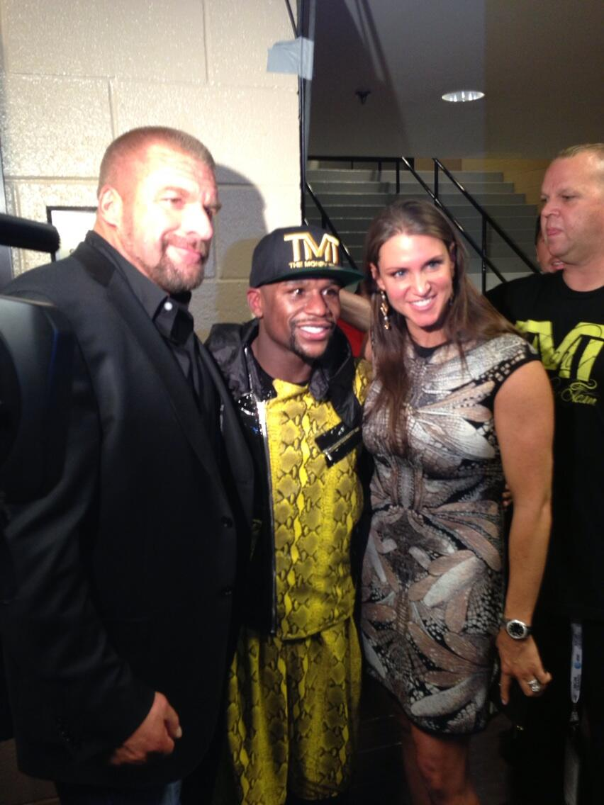 photos of triple h amp stephanie mcmahon at floyd mayweather