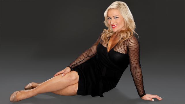 New Photos Of WWE Diva Natalya Looking Stunning In Black Dress | PWMania.com