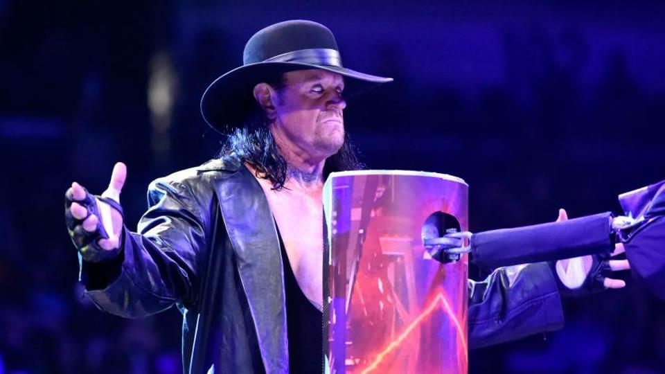 Resultado de imagen para The Undertaker RETURNS 2017