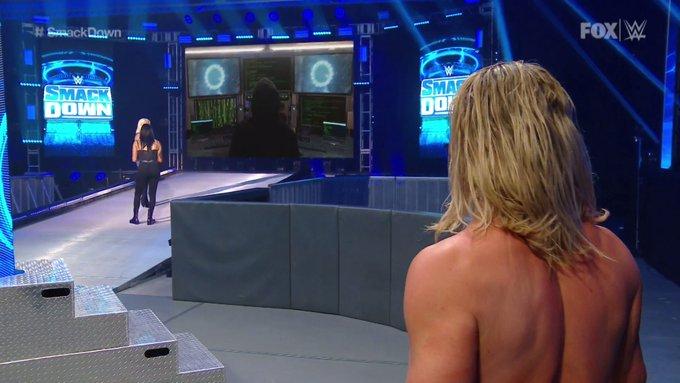WWE Fans Reveal Identity Of Smackdown Mystery Hooded Man? 1